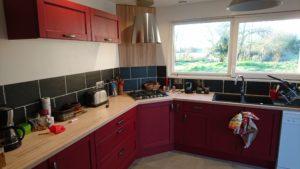 plan de travail en bois massif pour votre cuisine. Black Bedroom Furniture Sets. Home Design Ideas